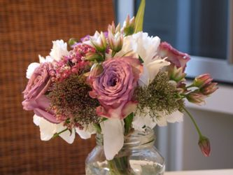 Natural Flower Design for Weddings by Michaela Jankowiak